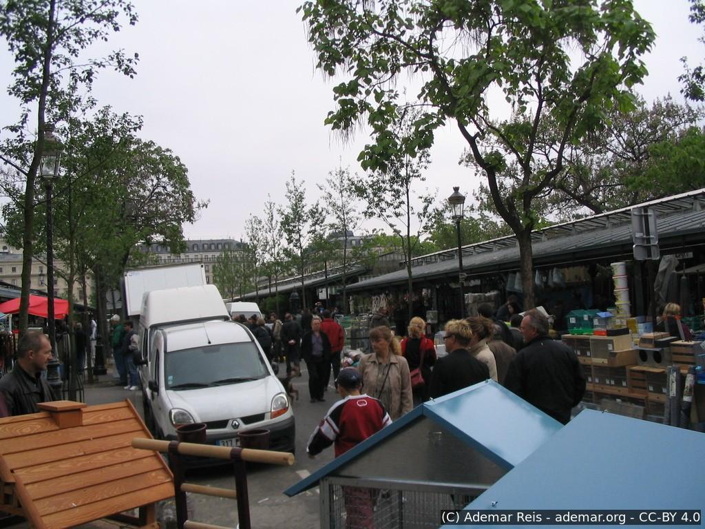 Tour por Paris - França: Feira de Rua