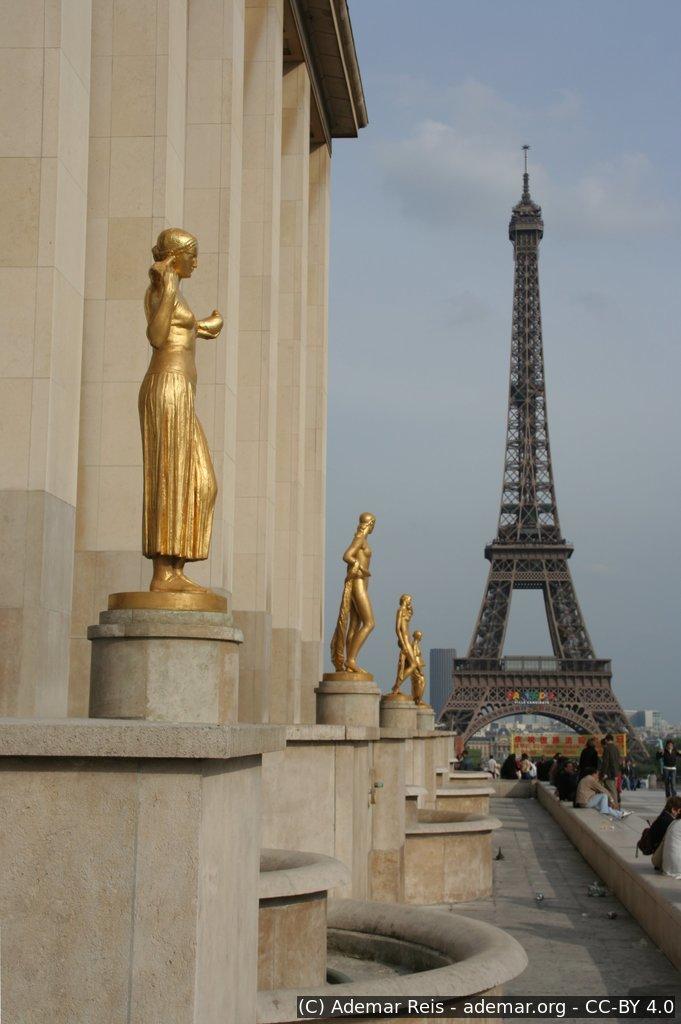 Tour por Paris - França: 0515_183455.jpg